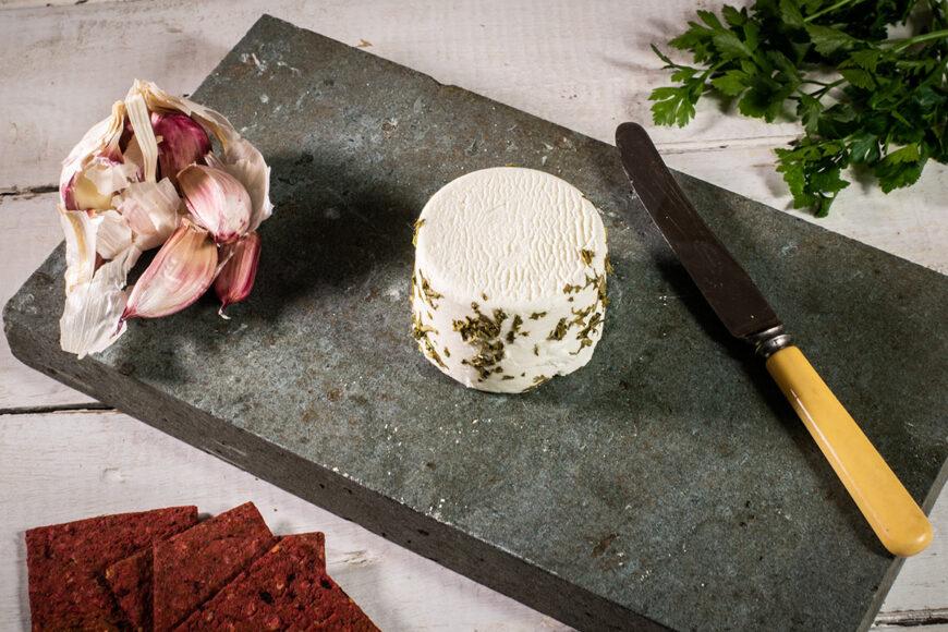 rosary garlic and parsley goats cheese